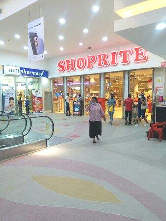 Shoprite Entrance.