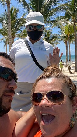 Eloísa and David next to Kevin and Ricardo kept our drinks on point they are part of the numerous staff  we met during our week .  My fiancé and i had a fabulous time at this amazing place .  Definitely a high recommend for anyone visiting Cancun.  We will be back definitely soon ☺️