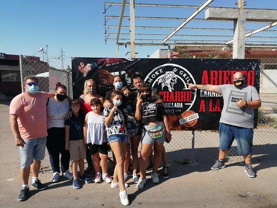 قرطاجنة, إسبانيا: Nuestros clientes  de Parrillada El Charru