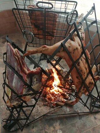 قرطاجنة, إسبانيا: Carnes al asador nuestras especialidades de Parrillada El Charru