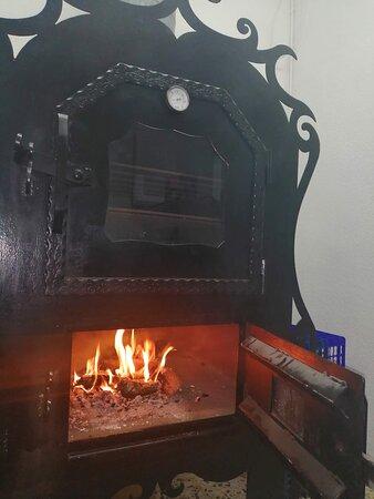 قرطاجنة, إسبانيا: Nuestro horno de leña de Parrillada El Charru