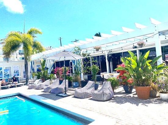 Skipjack Resort & Marina