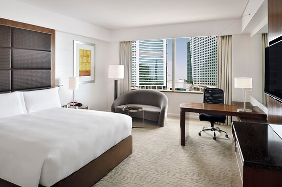 Wake up refreshed with great Dubai city views