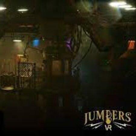 Découvrez Jumpers notre escape game en réalité virtuelle 4 dimensions (Sol vibrant, souffle d'air). Peut se jouer de 2 à 4...