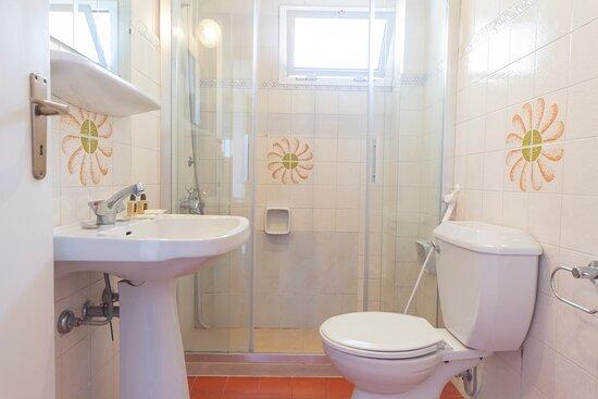 Corner Room - Bathroom