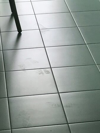 impronte dopo pulizia stanza