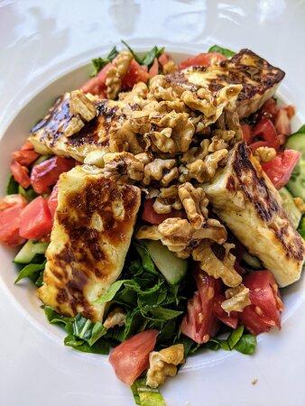 Salade au fromage Halloumi