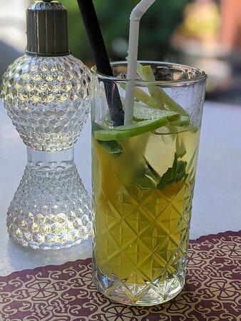 Une limonata pas trop sucrée, équilibrée par l'acidité de la pomme verte.