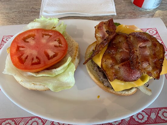 MiLou's Bistro, Iroquois Falls ON - Spicy Burger with the works