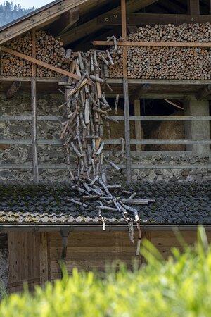 Installazione In-Stabile, di Umberto Sancarlo