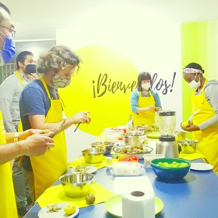 Cooking lessons at spanish school in lima