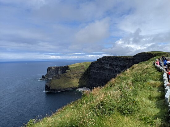 Cliffs of Moher Express Private Luxury Car Tour: Cliffs of Moher
