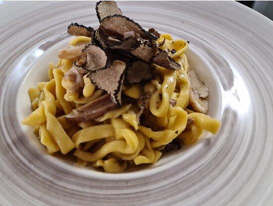 Fettuccine funghi porcini e tartufo fresco