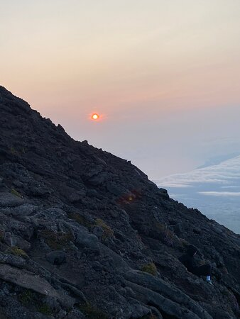 Night Climb to Pico Mountain in Small Groups: Nascer do sol
