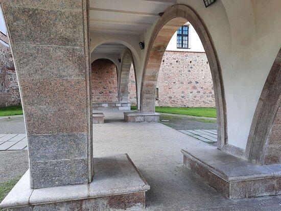 В Мирском замке