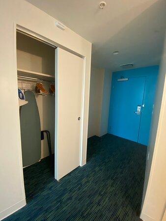Room 81111