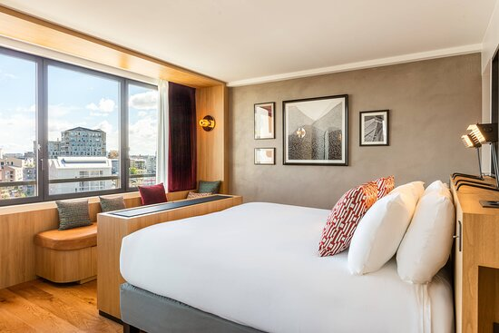 Impressionniste Suite - Bedroom
