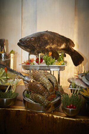 Millennium Resort Salalah Bahriyat Seafood Display