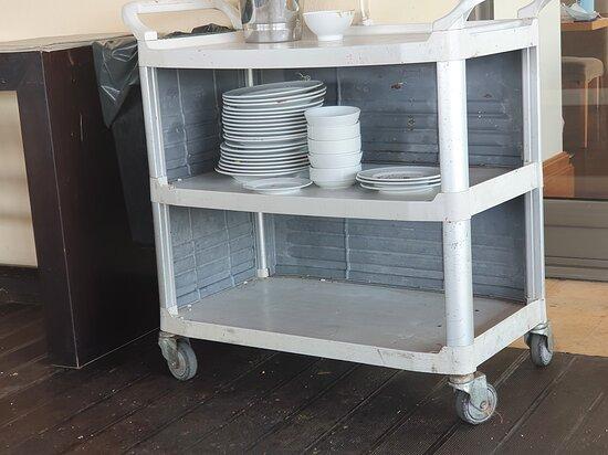 Chariot pour la vaisselle