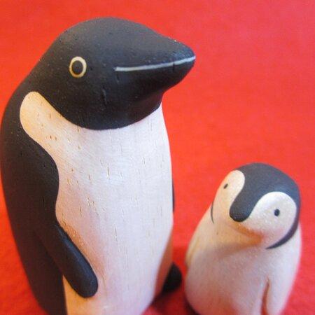 ぽれぽれ親子ペンギン wooden polepole family penguin #大阪 #中崎町 #ペンギン #雑貨 #雑貨屋 #オンリープラネット #onlyplanet #osaka #nakazakicho #penguin onlyplanet@elv.digitalway.ne.jp