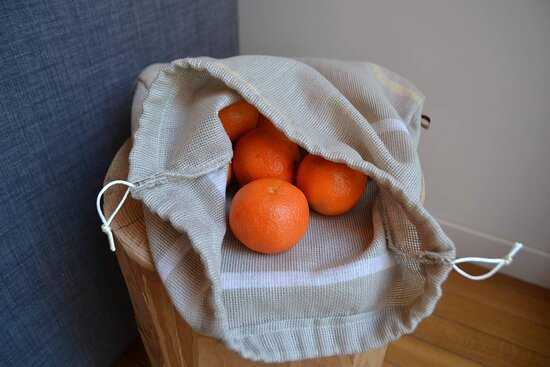 3 tailles de sacs réutilisables en boutique.