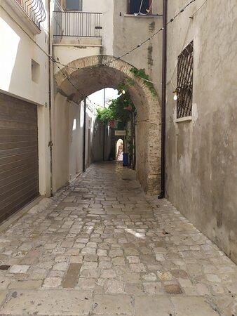 Una via caratteristica del borgo