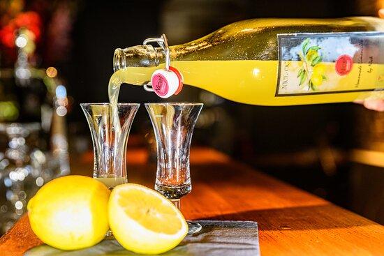 Nice-ocello, huisgemaakte limoncello
