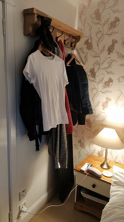 Room 4 - Clothes hanging area,