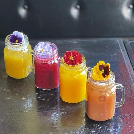 Juices using pulp from Ecuadorian fruits