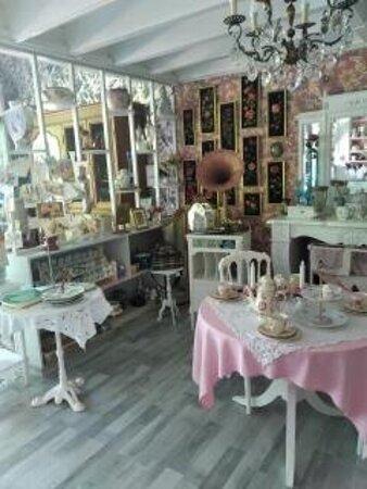 """Salon de Thé""""Rosamée"""""""