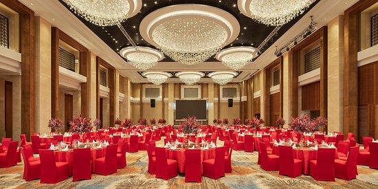 Hualuxe Grand Ballroom