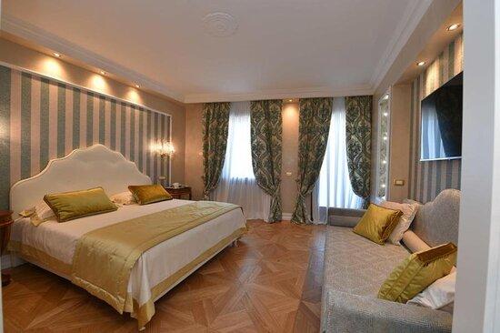 614602 Guest Room