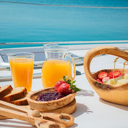 Refreshing fruit basket and fresh orange juice after a good swim in the Aegean