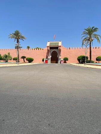 Un des palais du Roi.