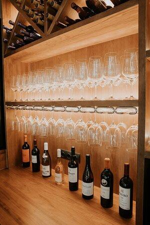 Zona de vinos restaurante Fantoche
