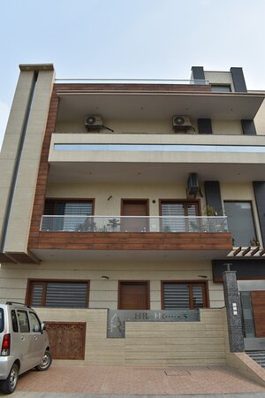 Faridabad, Inde : Builder Floors Sector 75