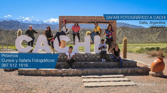 Cachi, Argentina: Grupo de alumnos en viaje de práctica fotográfica