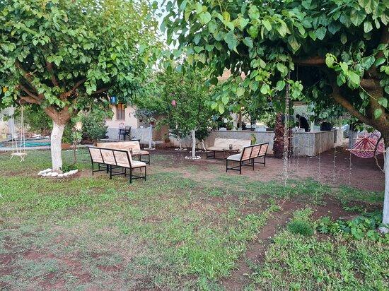Orhaniye, Turkey: bahçe güzel