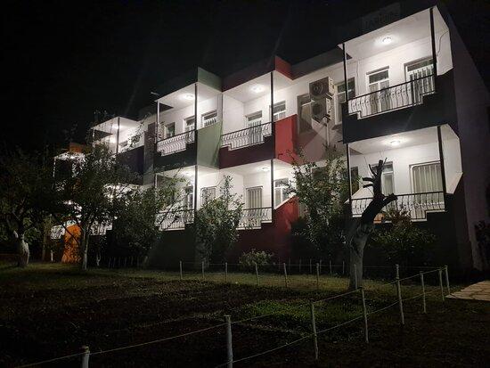 Orhaniye, Turkey: gecesi ayrı güzel