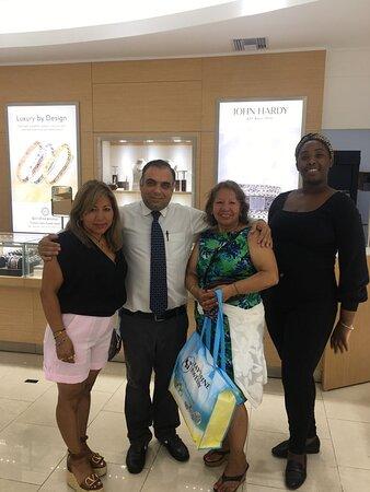 Shopping with Harry: Maria Nikolakopoulos from NY