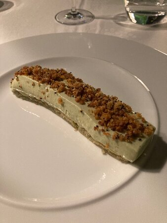 Succulent pistacio mousse cake.