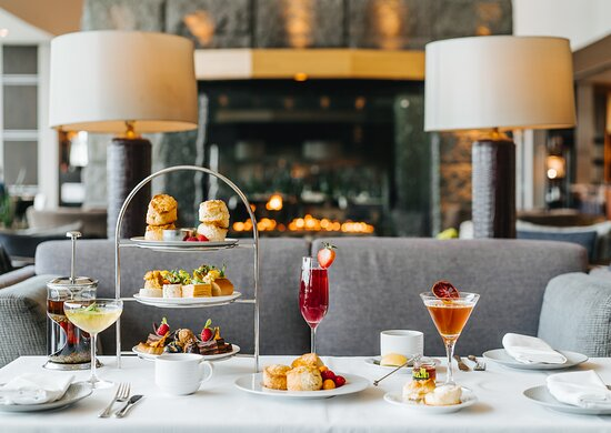 Afternoon Tea with cocktails