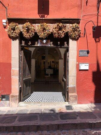 Gallery entrance - Jesus 25