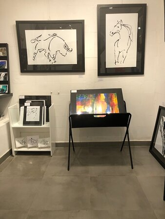 Britt Zaist is one of the founding artists of the gallery.