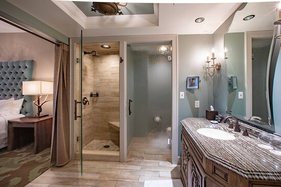 One-Bedroom Suite Bathroom - Walk-in Shower