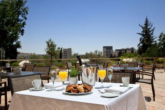 Leonardo Plaza Jerusalem Breakfast On The Terrace