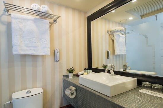 Herods Tel Aviv Bath Dpi