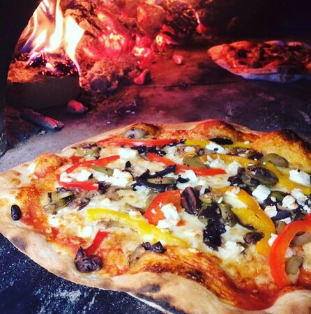 Exe Valley Pizza Co are on site every Friday