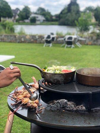 Cuisine au brasero, les jeudis, vendredis et samedis quand le soleil est avec nous !