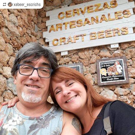 Visitantes y amantes de la cerveza artesanal